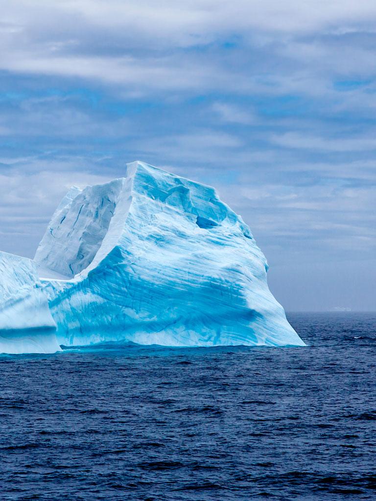 Background image iceberg